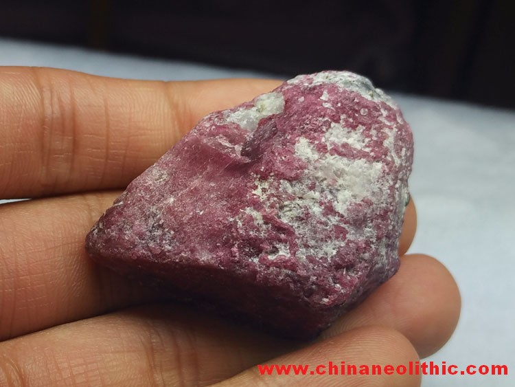 Cherry red ruby corundum mineral crystal stone ore raw wool specimens,Corundum