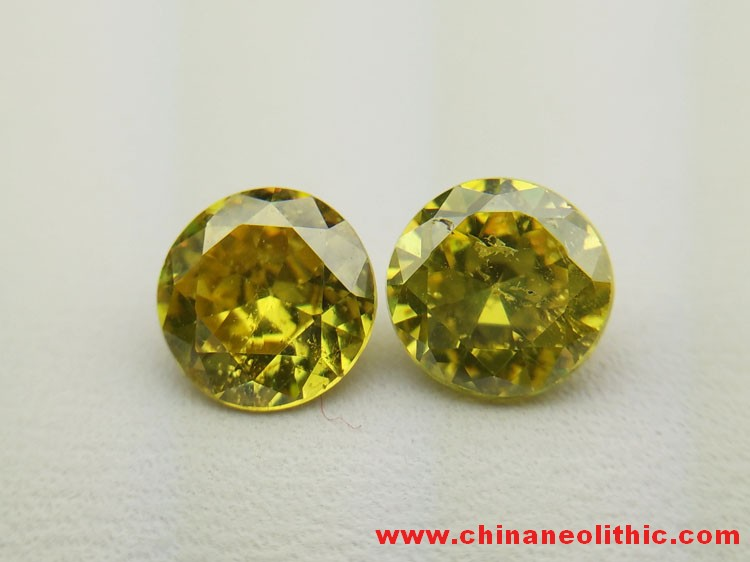 Yellow green sphalerite circular faceted gemstone ring section naked Shi Qiang fire color seven colo,Sphalerite