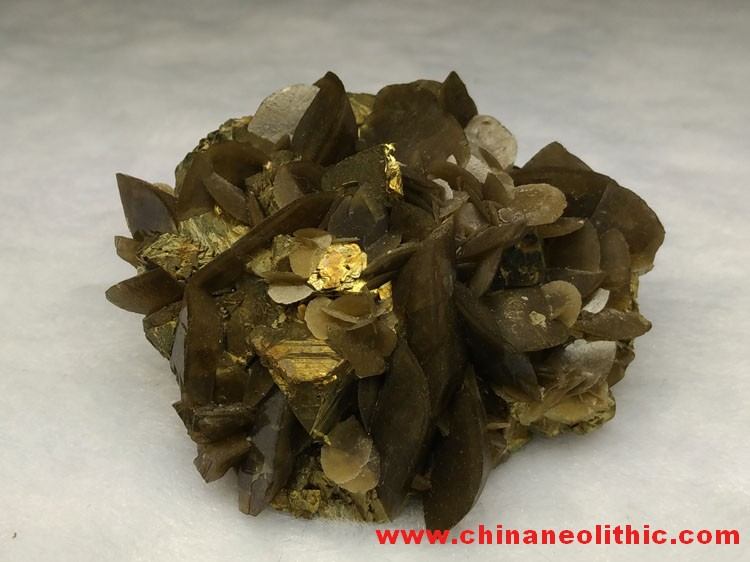 Chalcopyrite and siderite mineral crystal specimens,Siderite,Chalcopyrite