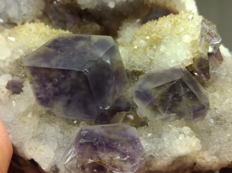 Rare twelve face purple Fluorite mineral crystal gem stone ornamental stone ore samples of new miner,Fluorite,Quartz