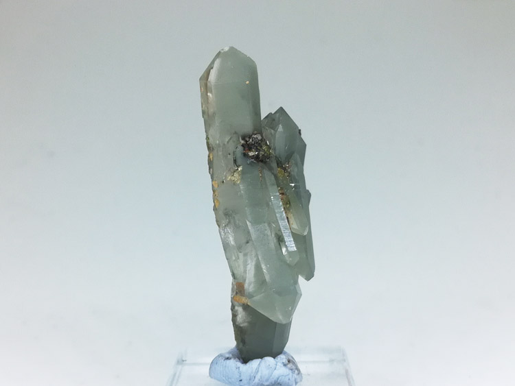Green green crystal quartz crystal cluster aggregation and epidote mineral crystal specimens gem sto,Quartz