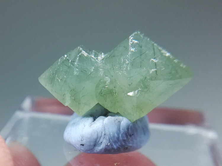 The backbone of Inner Mongolia green crocodile Crystal Cluster mineral specimens gem stone ore,Quartz
