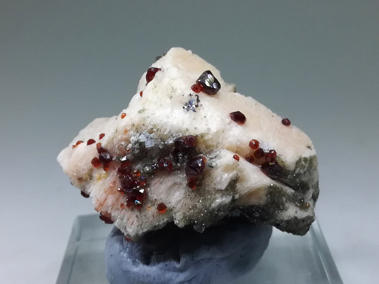 Wine red manganese aluminum garnet and feldspar mineral crystal specimens,Garnet,Feldspar
