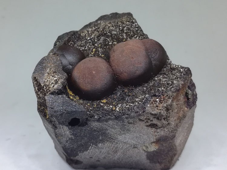 Fujian China new unknown mineral spherical mineral crystal specimens stone ore,
