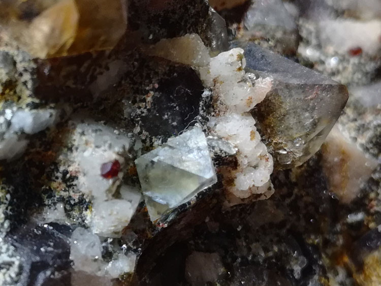 Large crystals of garnet and eight surface of fluorite, crystal, feldspar mineral crystal gem stone ,Garnet,Fluorite,Quartz,Feldspar