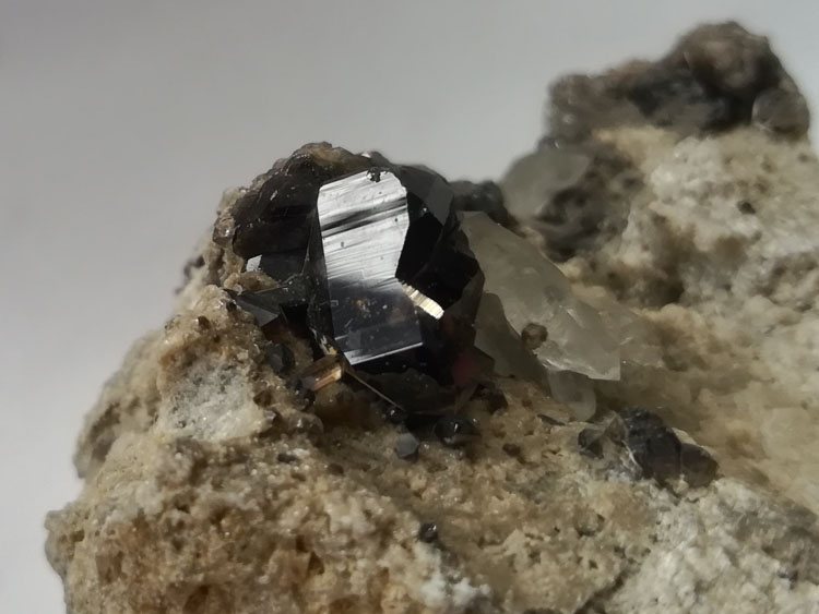 Transparent Cassiterite and Quartz Symbiotic Mineral Specimens Crystal Gemstone Raw Ore,Cassiterite,Quartz