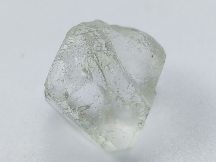 Floating rootless Octahedron Fluorite Mineral Specimens Mineral Crystals Gem Materials,Fluorite
